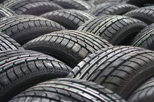 Kā var izvēlēties labas riepas Jūsu auto? / Как правильно выбрать хорошие шины для Вашей машины?